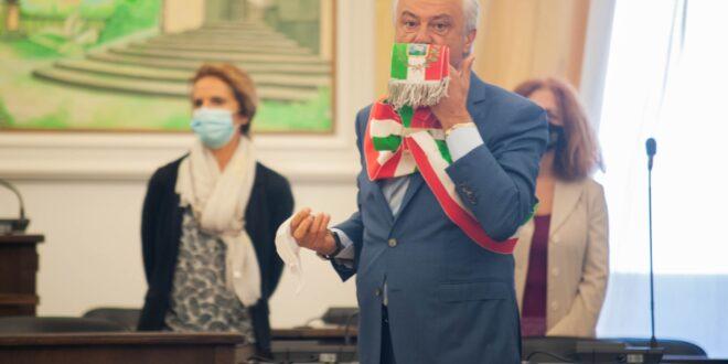 Stefano Cecchi è il nuovo Sindaco di Marino. Il giorno dell'insediamento